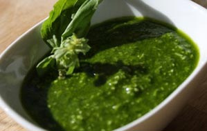 Spinach & Basil Pesto With Ultra Fresh Cobrançosa Extra Virgin Olive Oil